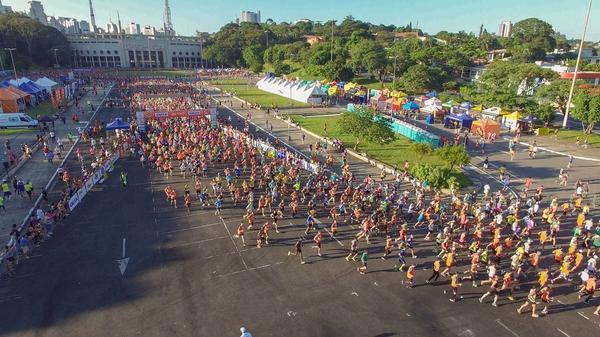Meia Maratona Internacional de S&#227;o Paulo 2018 ter&#225; entrega de kits a partir do dia 8 de mar&#231;o<